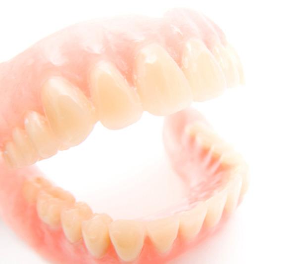 健康な歯に負担をかけない